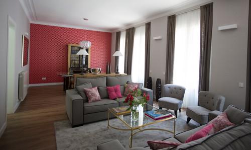 Casas houzz un cl sico con mucho color en barcelona - Pared color granate ...