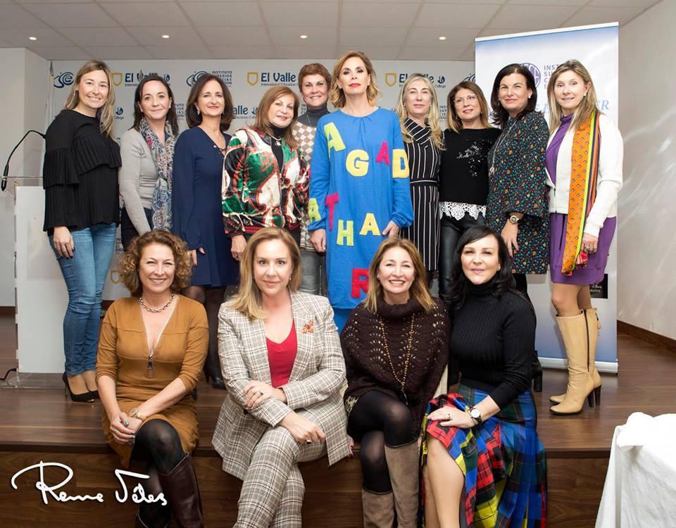 Agatha Ruiz de la Prada en el almuerzo solidario en el Aula de la Mujer en Alicante