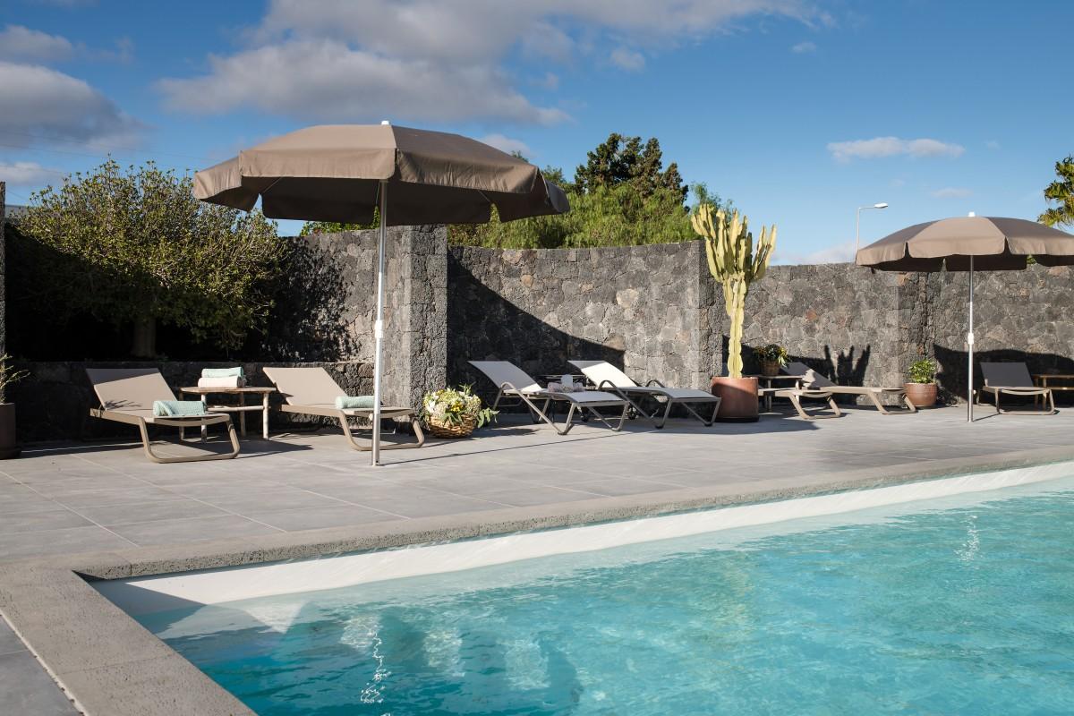 Se han creado c´riculos de 5 metros de diámetro alrededor de la piscina para protegerla del viento.