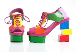 Agatha-Ruiz-de-la-Prada-zapatos-Cubo