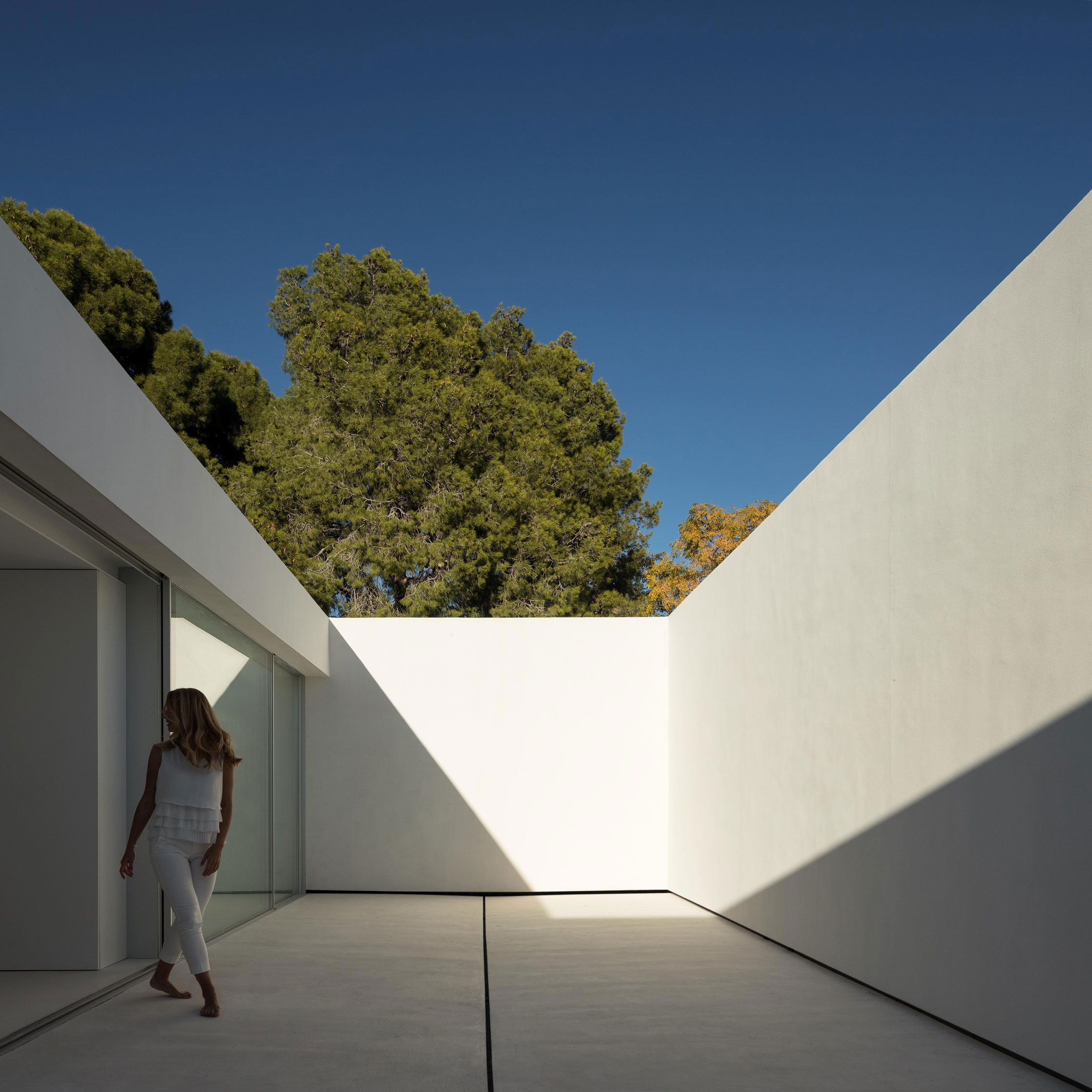 FRAN SILVESTRE ARQUITECTOS_HOUSE OF SILENCE_LOW Q_0028