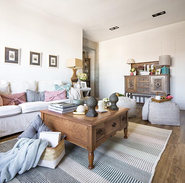 Casas houzz 90 m que parecen muchos m s en un piso en for Interiorismo salones