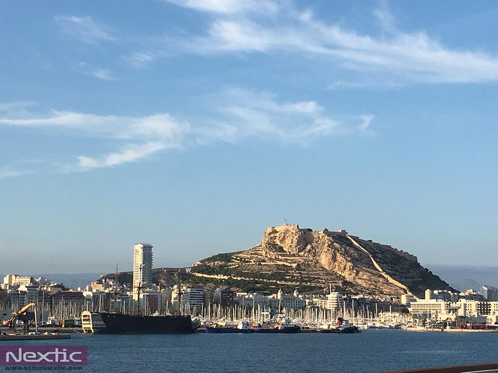 alicante-cruise-terminal-barco-crucero-castillo-santa-barbara-puerto-nextic