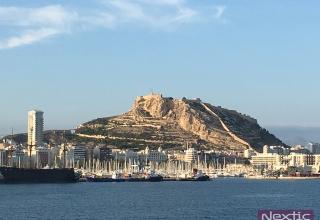Skyline de Alicante desde la Terminal de Cruceros
