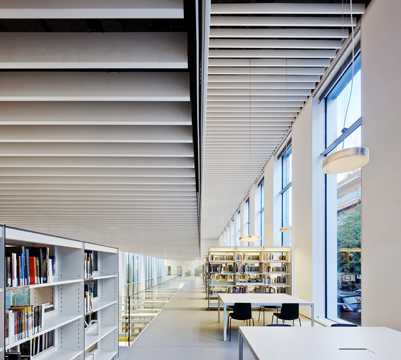 arquitectura-biblioteca-caterina-albert-mobles114-nextdeco.jpg