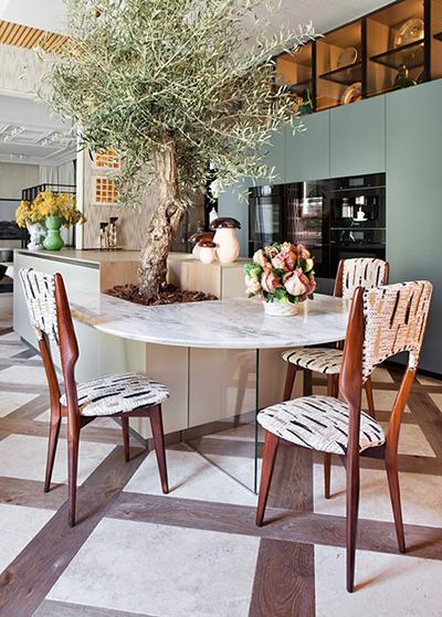 casa-decor-20-cocina-moretti-cocina-moretti-mesa-cupa-stone-suelo-neolith-09