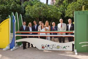 De izquierda a derecha; Antoni Reig, David Escudé, las tres diseñadoras, Emilio Zegrí, Joaquín Calvo y Ignasi Genovès.