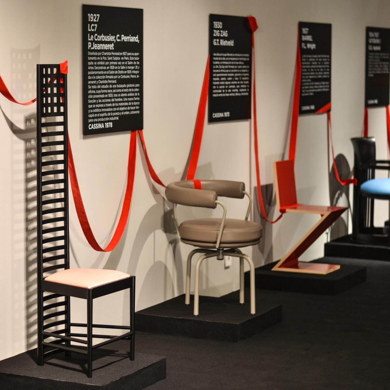 exposicion-cassina-sillas-minim-arquitectura-barcelona.jpg