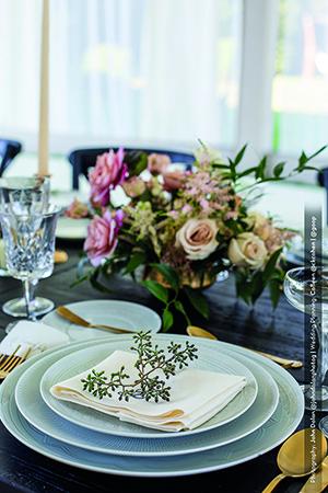 gwyneth-paltrow-ornament-vista-alegre- john-dolan(2)