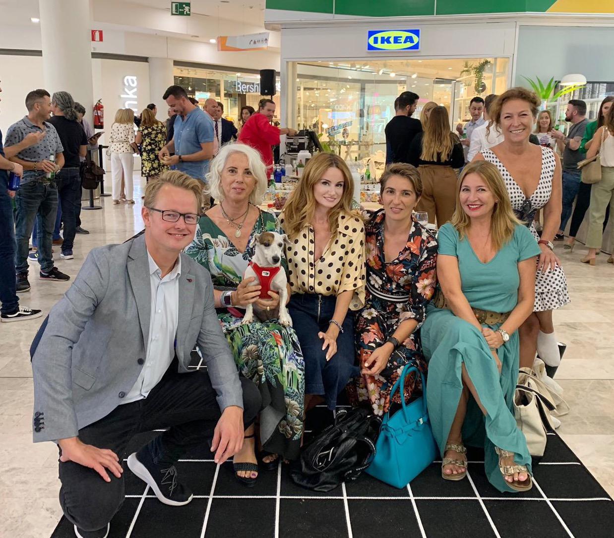 Tobias Bogefors (director de Ikea Murcia), Ana Espadas, Paloma Amo (interiorista), Ana Samper (Orden, y con cierto), Isabel Núñez y Manu Núñez (Nextic).