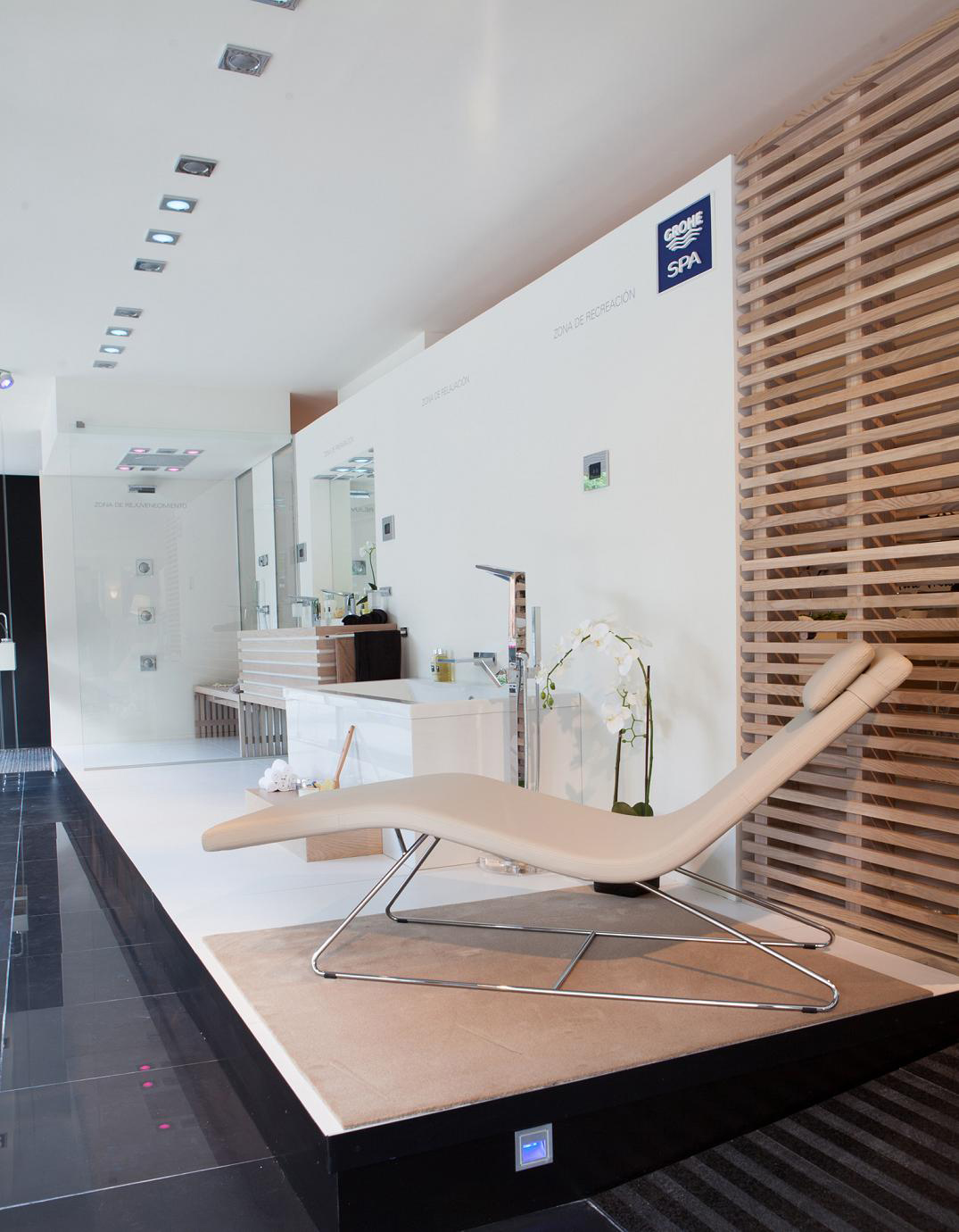inauguracion-showroom-grohe-barcelona-bano-decoracion.jpg