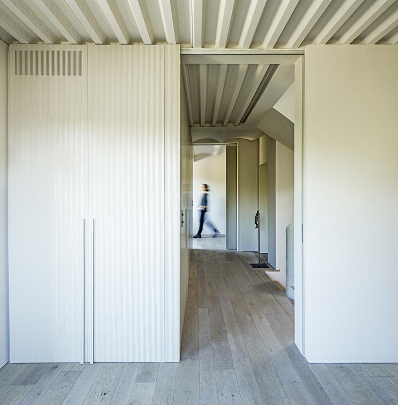 lucia-olano-arquitecta-vivienda-unifamiliar-tres-torres-barcelona-distribuidor_06A6949
