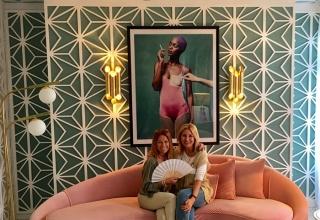 Isabel Núñez y Manu Núñez en el espacio diseñado por Miriam Alía para Westwing en Casa Decor Madrid 2017