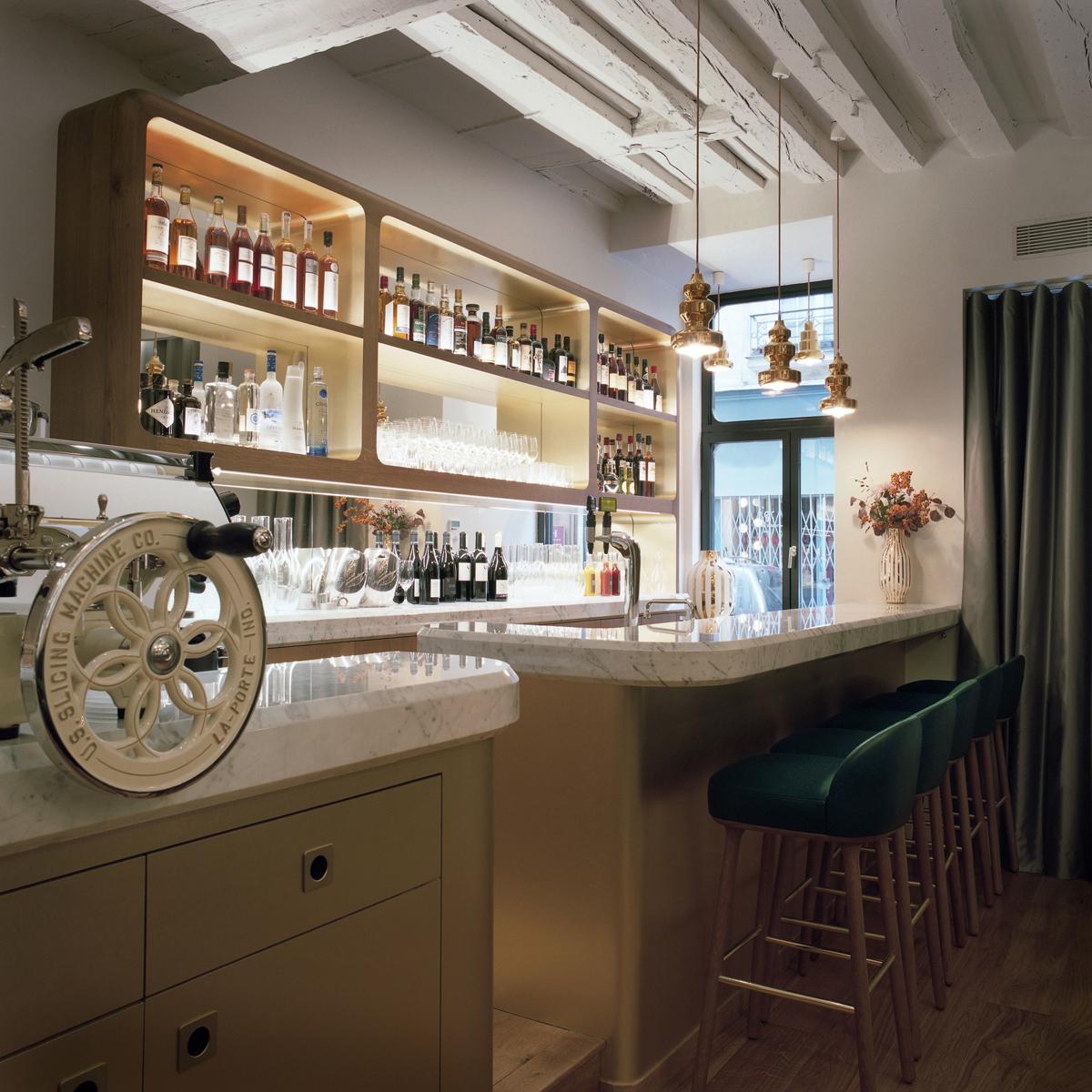 sergent-recruteur-jaime-hayon-restaurante-paris-nextdeco-decoracion-gourmet.jpg